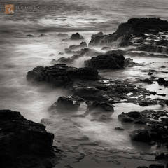 cauldron, Kaua'i, Hawai'i, long exposure, misty, ethereal, rocky, coastline