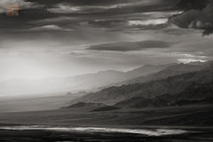 view, Panamint, mountains, brooding, sky, light, salt, sodium chloride, minerals, basin, Death Valley, sulfates, carbonates