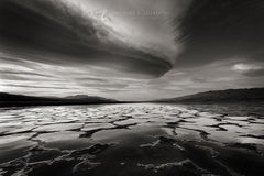 Wild, lenticular, clouds, sunrise, flooded, Death Valley, Panamint Mountains, Black Mountains