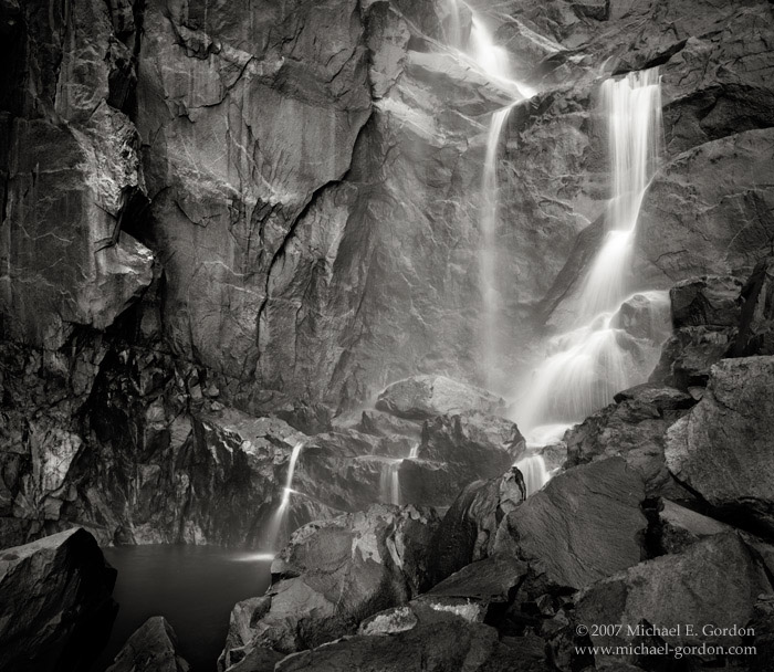 picture, photo, Bridalveil Falls, waterfall, Yosemite National Park, black and white, rocks, jagged, wet, water, photo