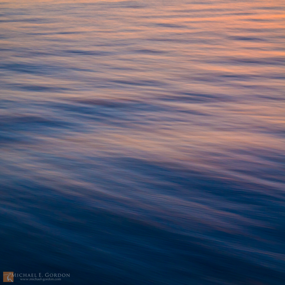 color,photo,picture,Pacific Ocean,waves,current,reflection,wind,breeze,motion,study,blue,pink,red,sunset,blur,soft,peaceful,calm,tranquil, photo