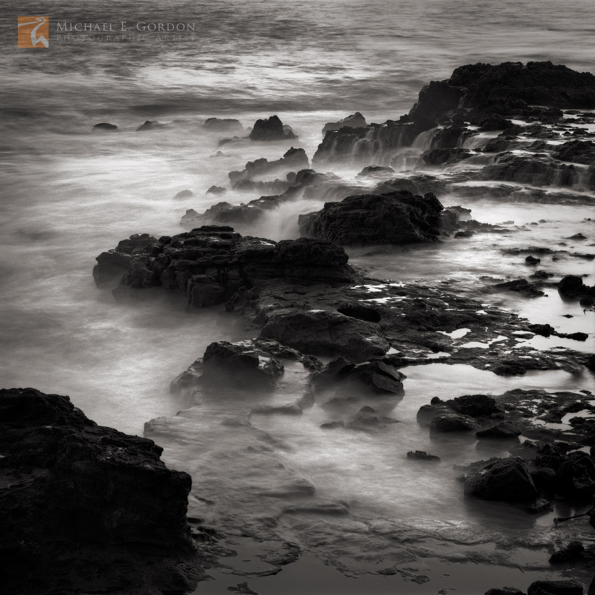 cauldron, Kaua'i, Hawai'i, long exposure, misty, ethereal, rocky, coastline, photo