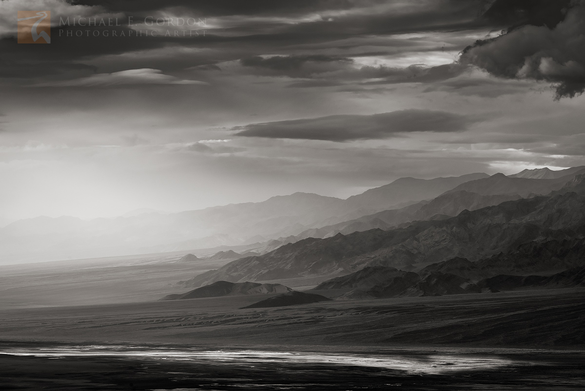 view, Panamint, mountains, brooding, sky, light, salt, sodium chloride, minerals, basin, Death Valley, sulfates, carbonates, photo