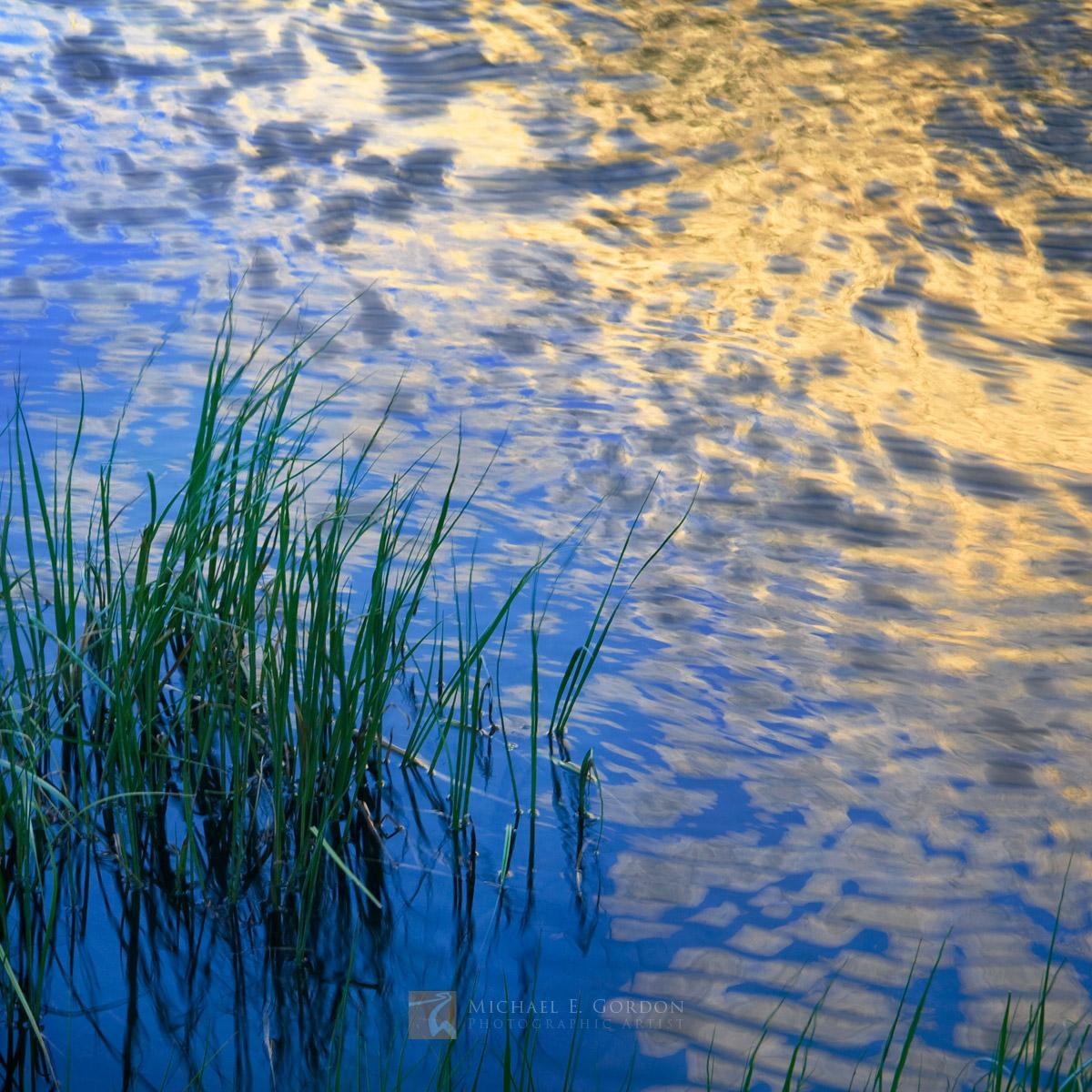golden, High Sierra, Sierra Nevada, granite, sunrise, reflects, wind, rippled, pond, Bishop Creek Canyon, photo