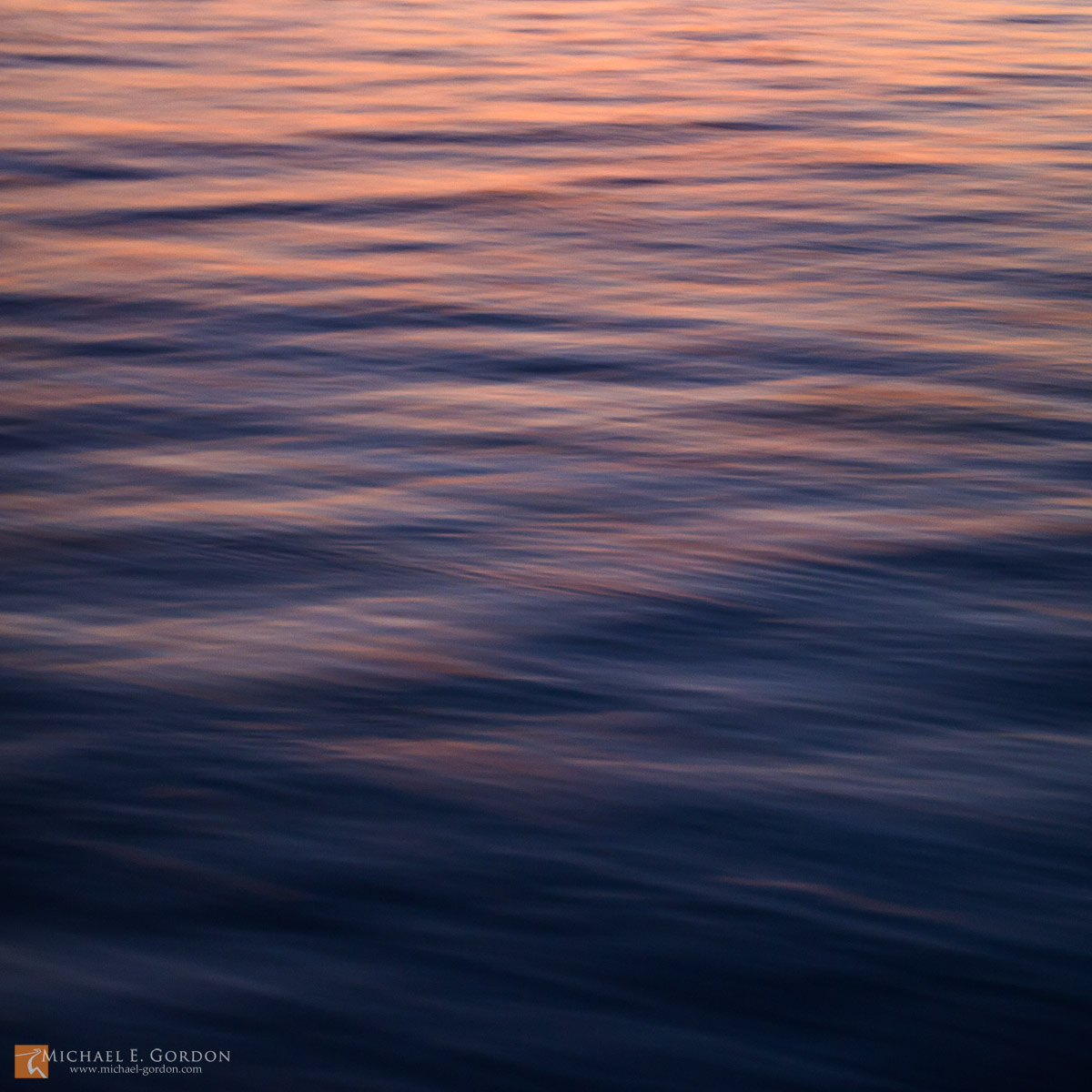 color,photo,picture,Pacific Ocean,waves,ripples,current,reflection,wind,breeze,motion,study,blue,pink,red,sunset,blur,soft,peaceful,calm,tranquil, photo