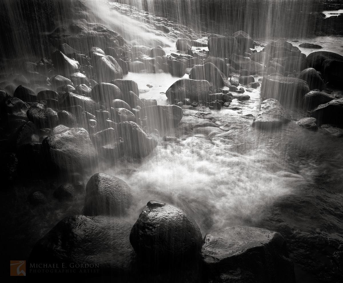 A grotto andwaterfall hideaway on the east shore ofKaua'i, Hawai'i.